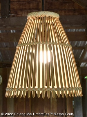 Bamboo ceiling suspension lamp vertical close-up